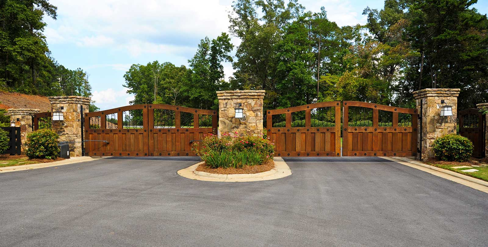 Gated Communities in Roswell, GA - Homes for Sale